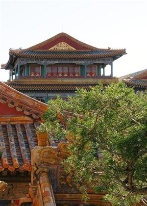 Rent The Emperor's Secret Garden: Restoring Qianlong's Lodge of Retirement Online DVD Rental