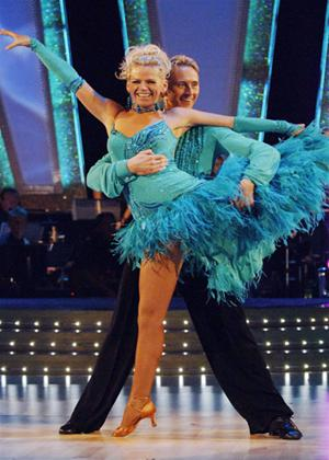 Rent Strictly Come Dancing: The Best of Series 4 Online DVD Rental