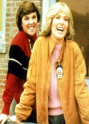Rent Cagney and Lacey: Series 7 Online DVD Rental
